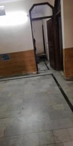 Gallery Cover Image of 720 Sq.ft 2 BHK Independent Floor for rent in Mukherjee Nagar for 17000