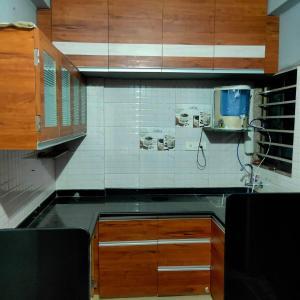 Gallery Cover Image of 1089 Sq.ft 2 BHK Apartment for buy in Thakkarbapa Nagar for 3500000