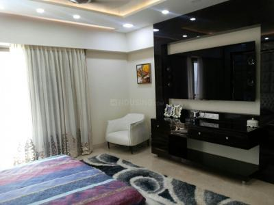 Gallery Cover Image of 1500 Sq.ft 5 BHK Independent Floor for buy in Juhu for 750000000