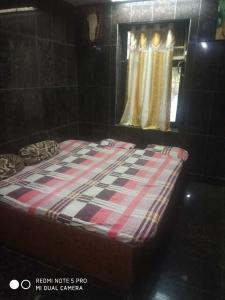 Gallery Cover Image of 1600 Sq.ft 4 BHK Apartment for rent in Thane West for 69000