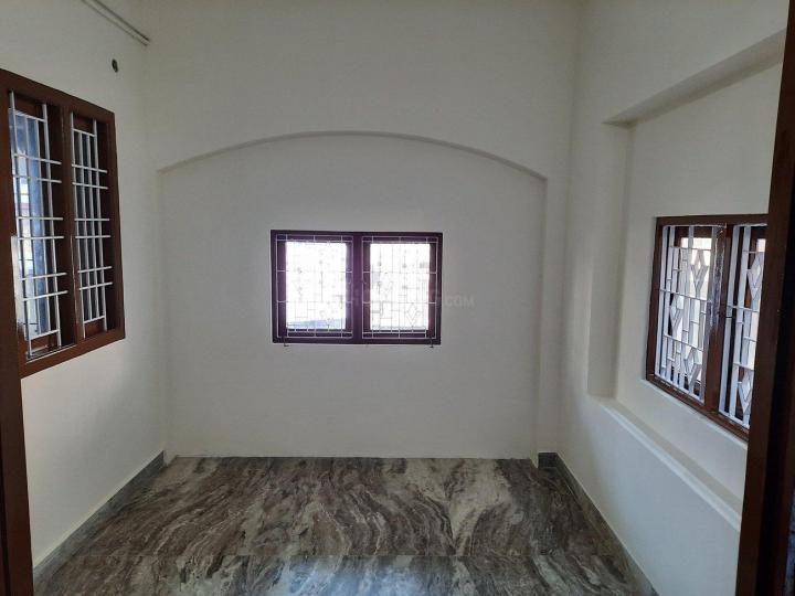 Bedroom Image of 900 Sq.ft 2 BHK Apartment for rent in Mudichur for 8000