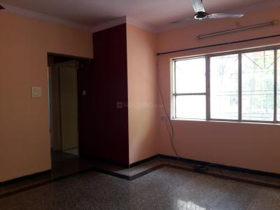 Gallery Cover Image of 610 Sq.ft 1 BHK Apartment for buy in Malad West for 9400000