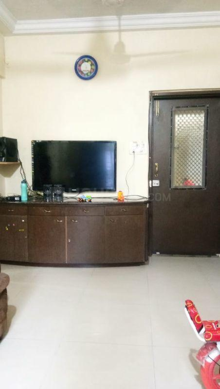 Living Room Image of 550 Sq.ft 1 BHK Apartment for rent in Dahisar West for 19000