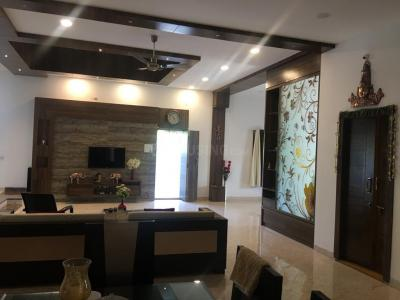 Gallery Cover Image of 6300 Sq.ft 4 BHK Villa for buy in Manchirevula for 55000000