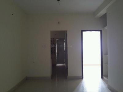 Gallery Cover Image of 816 Sq.ft 2 BHK Apartment for buy in Korattur for 4350000