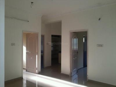 Gallery Cover Image of 1000 Sq.ft 2 BHK Apartment for rent in Maduravoyal for 12000