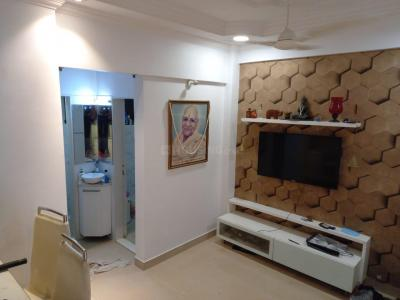Gallery Cover Image of 325 Sq.ft 1 BHK Apartment for buy in Vile Parle East for 10000000
