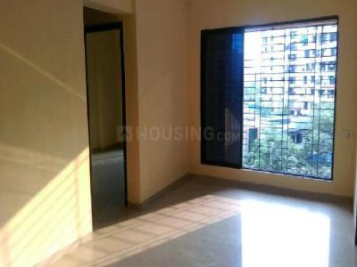 Gallery Cover Image of 1400 Sq.ft 3 BHK Apartment for buy in Kalyan West for 8200000