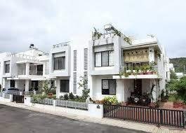 Gallery Cover Image of 2600 Sq.ft 4 BHK Independent House for rent in Chala for 21000