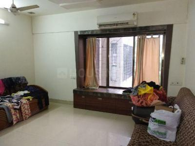 Gallery Cover Image of 620 Sq.ft 1 BHK Apartment for rent in Andheri West for 45000