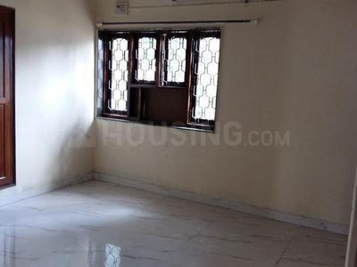 Gallery Cover Image of 1500 Sq.ft 3 BHK Apartment for rent in Sector 10 Dwarka for 23000
