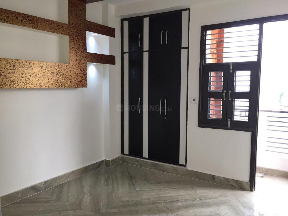 Bedroom Image of 770 Sq.ft 3 BHK Apartment for buy in Uttam Nagar for 3200000