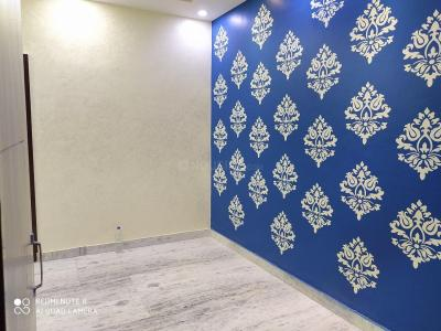 Gallery Cover Image of 450 Sq.ft 1 BHK Independent Floor for buy in RWA Khirki Extension Block R, Malviya Nagar for 2700000