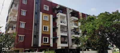 Gallery Cover Image of 1332 Sq.ft 3 BHK Apartment for rent in Electronic City for 18500