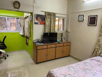 Gallery Cover Image of 1100 Sq.ft 3 BHK Apartment for buy in Dadar East for 42500000