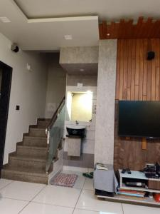 Gallery Cover Image of 1200 Sq.ft 3 BHK Villa for buy in Bhayli for 8500000