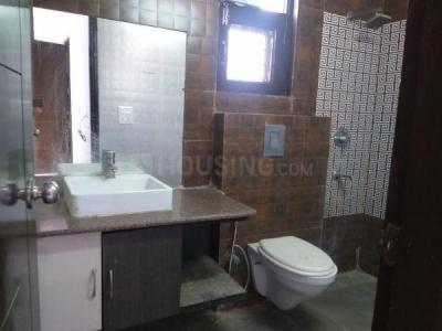 Bathroom Image of 1125 Sq.ft 3 BHK Apartment for buy in Paschim Vihar for 14000000