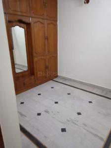 Gallery Cover Image of 1100 Sq.ft 3 BHK Apartment for rent in  Rohini Apartments RWA, Sector 8 Rohini for 22000