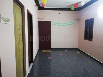 Gallery Cover Image of 600 Sq.ft 1 RK Independent House for rent in Vandalur for 6000