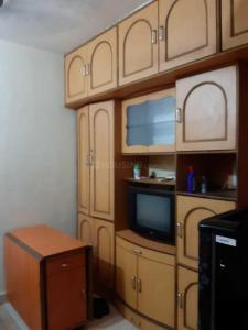 Gallery Cover Image of 900 Sq.ft 2 BHK Apartment for rent in Bandra West for 60000