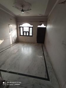 Gallery Cover Image of 1200 Sq.ft 3 BHK Villa for rent in Sector 76 for 19000