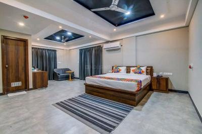 Gallery Cover Image of 1080 Sq.ft 2 BHK Apartment for rent in Mahalunge for 20000