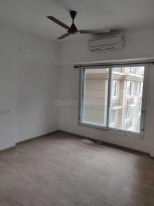 Gallery Cover Image of 1250 Sq.ft 2 BHK Apartment for rent in Bandra East for 110000