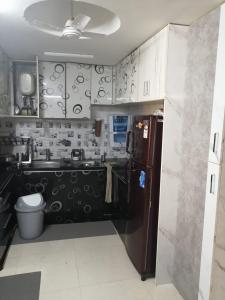 Gallery Cover Image of 1080 Sq.ft 3 BHK Apartment for buy in Jalvayu Vihar, Sector 25 for 9000000