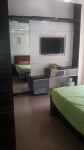 Gallery Cover Image of 545 Sq.ft 1 BHK Apartment for rent in Palms Apartment 2, Goregaon East for 22000