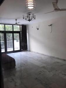 Gallery Cover Image of 2500 Sq.ft 3 BHK Apartment for rent in Mandakini Enclave, Alaknanda for 50000