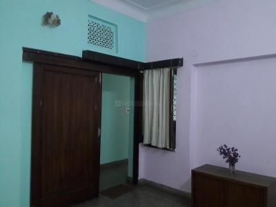 Gallery Cover Image of 750 Sq.ft 1 BHK Independent Floor for rent in Rajouri Garden for 22000