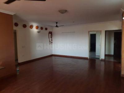 सलारपुरिया सत्त्व सेरेनिटी, एचएसआर लेआउट  में 14500000  खरीदें  के लिए 14500000 Sq.ft 3 BHK अपार्टमेंट के हॉल  की तस्वीर