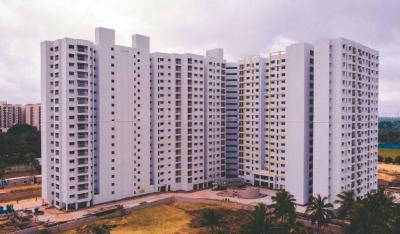 Gallery Cover Image of 1365 Sq.ft 3 BHK Apartment for buy in Bren Corporation Champions Square, Carmelaram for 10758300