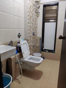 Bathroom Image of Shah N Nahta Pvt Ltd in Kandivali West
