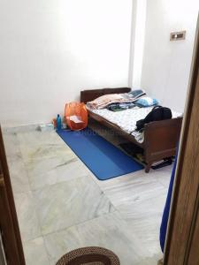 Gallery Cover Image of 360 Sq.ft 1 BHK Apartment for rent in Kalighat for 7500