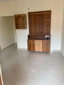 Gallery Cover Image of 1200 Sq.ft 1 BHK Independent House for rent in Varthur for 9500