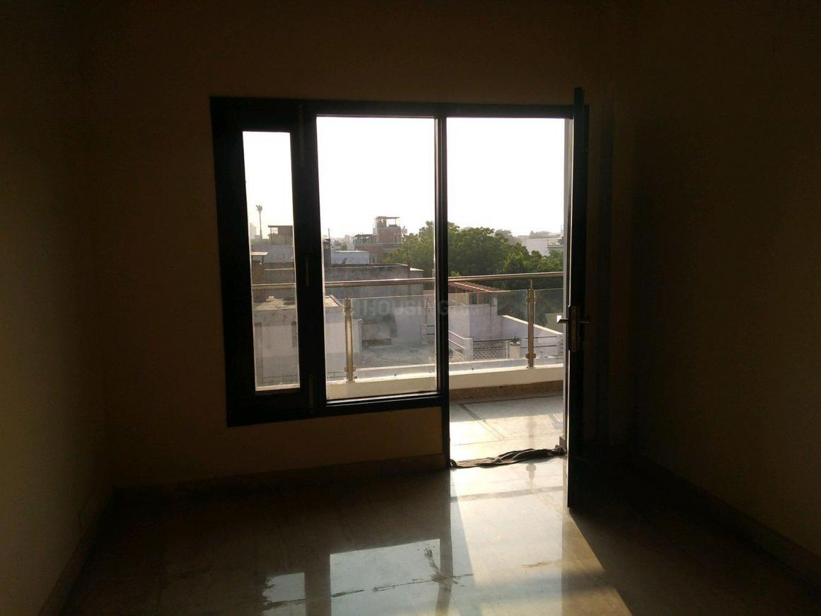 Living Room Image of 1500 Sq.ft 3 BHK Independent Floor for buy in DLF Phase 1 for 16500000