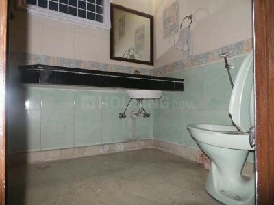 Bathroom Image of PG 4034936 Pul Prahlad Pur in Pul Prahlad Pur