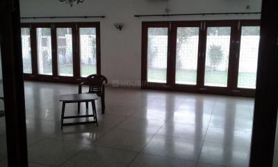 Gallery Cover Image of 4400 Sq.ft 5 BHK Independent House for buy in Shanti Niketan for 350000000