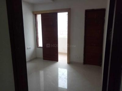 Gallery Cover Image of 1190 Sq.ft 3 BHK Apartment for rent in Dhakoli for 13000