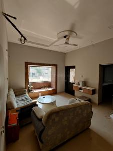 Gallery Cover Image of 4500 Sq.ft 5 BHK Independent House for buy in Ranip for 26000000