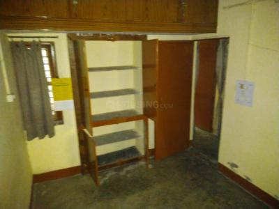 Gallery Cover Image of 500 Sq.ft 1 BHK Apartment for buy in Juhu for 18900000