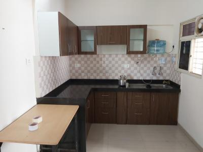Gallery Cover Image of 1050 Sq.ft 2 BHK Apartment for rent in Mundhwa for 39000