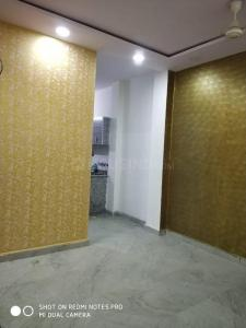 Gallery Cover Image of 1000 Sq.ft 3 BHK Independent Floor for rent in Dwarka Mor for 12000