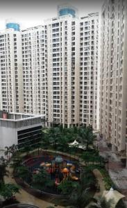 Gallery Cover Image of 1080 Sq.ft 2 BHK Apartment for buy in Dosti Vihar, Thane West for 14500000