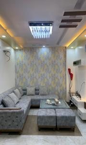 Gallery Cover Image of 950 Sq.ft 3 BHK Independent Floor for buy in Uttam Nagar for 5000000
