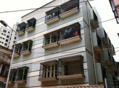 Gallery Cover Image of 1500 Sq.ft 4 BHK Apartment for rent in Entally for 20000