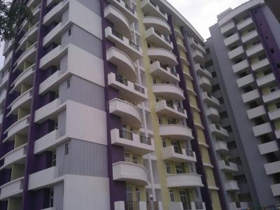 Gallery Cover Image of 1025 Sq.ft 2 BHK Apartment for buy in Pandeypur for 4500000