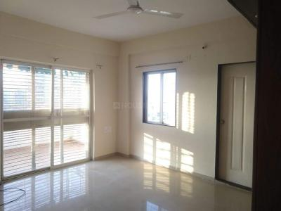 Gallery Cover Image of 1450 Sq.ft 3 BHK Apartment for rent in Pimple Saudagar for 28000