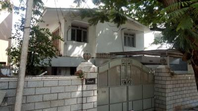 Gallery Cover Image of 3000 Sq.ft 5 BHK Villa for buy in Saibaba Colony for 55000000